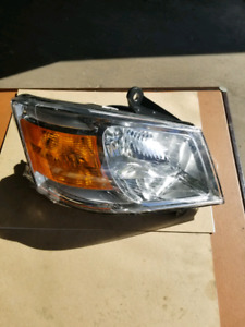 2008-2010 DODGE GRAND CARAVAN HEAD LAMP