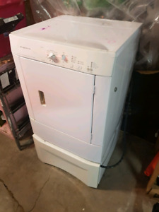 Dryer for sale leaving to Toronto need gone.