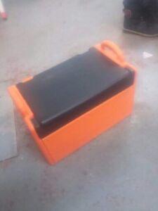 Coffre à outils Home Dépôt orange complet
