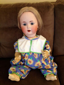 Gorgeous, antique Character baby doll, circa 1900/1910