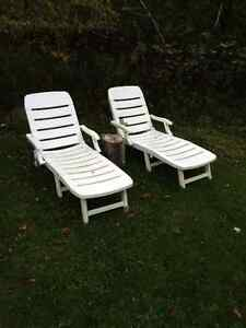 2 SUN LOUNGERS FROM EUROPE CHEAP DEAL