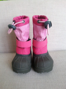 "NEW Columbia ""Powderbug"" Winter Boots Toddler Size 5"