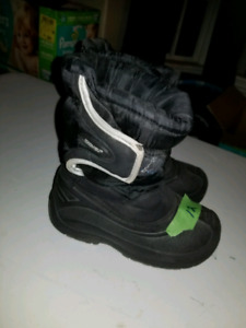 Boys Size 12 Winter Boots