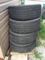 Set of 4 275/60R17 M&S Tires