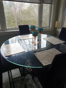 Beautiful Glass-top Round Table with Velvet Chairs