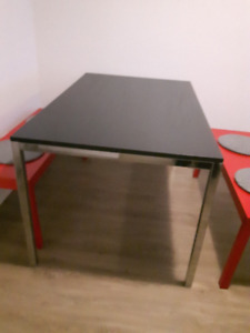 Table IKEA Table  (no benches)