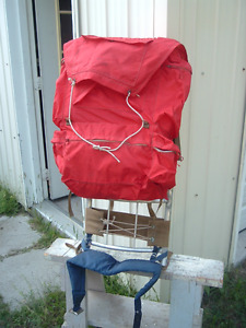 Pack frame and pack sack