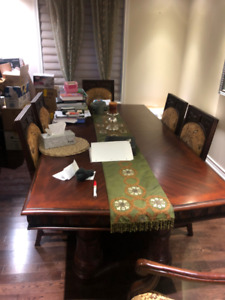KING AND QUEEN BEDROOM SETS, FURNITURE, MOVING SALE BRAMPTON!!!!