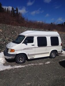 1998 short dodge van $2,000.00