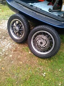 HARLEY DAVIDSON ROAD KING ULTRA WHEELS WITH TIRES AND ROTORS Windsor Region Ontario image 1