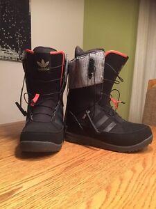 Adidas Snowboard boots / bottes