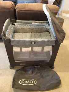 Graco Travel Lite (3 stages with canopy)