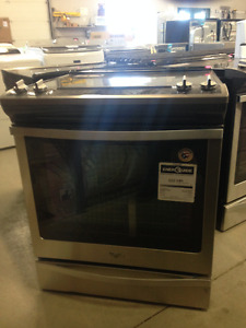 "SAVE $600 !  New ""Scratch and Dent "" Whilpool Convection ranges"