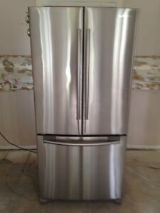 REDUCED!! Samsung Counter Depth  with Ice Maker- with WARRANTY!