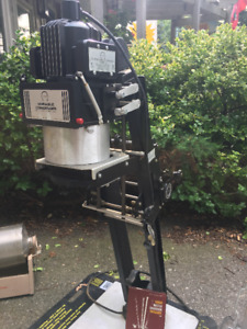 Professional Photographic Enlarger