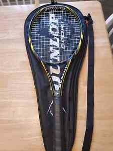Dunlop Biomimetic 500 Carbon Racquet barely used $60