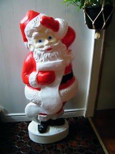 LARGE 45'' CHRISTMAS BLOW MOLD SANTA CLAUS WITH WISH LIST