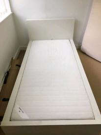 Amazing single bed + Mattress to sell