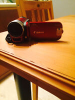 Canon Camcorder with 41X Advanced Zoom and 32GB SD Card.