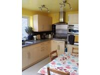 Double room (for single occupancy) to rent in lovely house in Marston