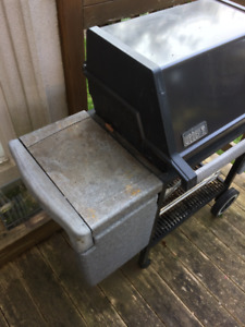 Weber Silver B Genisis BBQ Natural Gas