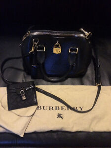 Authentic High End Buberry Purse & Wallet Available