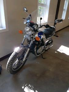 """1983 Suzuki GR650 """"Tempter"""""""