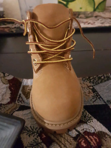 Toddlers timberlands