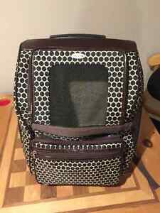 Pet carrier, small dog or cat
