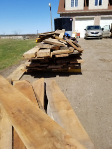 ASSORTED ROUGH LUMBER