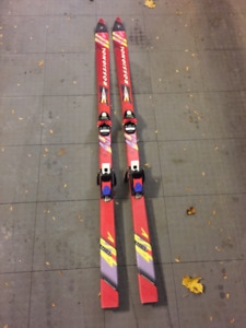 ROSSIGNOL 4SV RACING SERIES SKIS - 163CM - GREAT CONDITION!!!