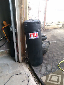 Title heavy bag (Brand new )