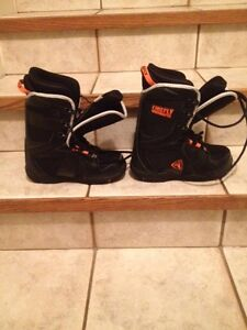 Firefly Snowboard boots (size 4.5 junior)