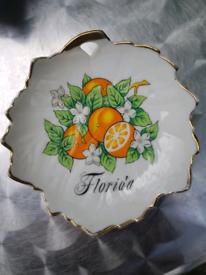 CHARITY SWAP Vintage Florida decorative plate