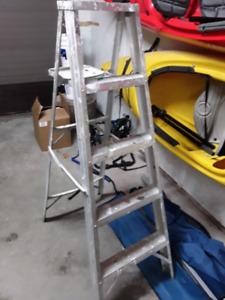Stepladder / Escabot