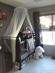Beautiful Like New 6 piece Baby Girl Bedding Set Downtown-West End Greater Vancouver Area image 1