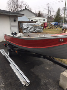 14' Boat with Trailer