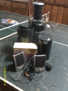 Juicer and Iron and Speakers