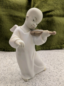 Lladro Figurine - Chinese Angel with Violin