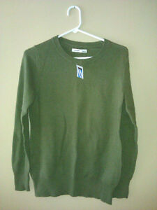 Old Navy women's green cable knit sweater Medium New with tags