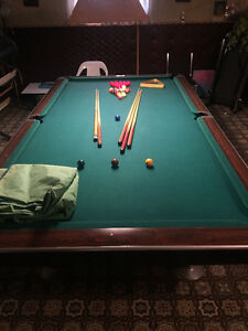 Brunswick 5 x 10 pool table
