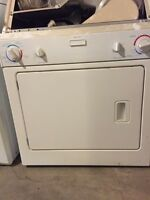 Stackable washer dryer in good working cond DELIVERY AVAILABLE