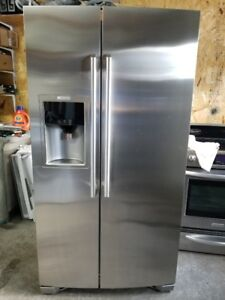 Refrigerateur Electrolux 23 Pi C Full Stainless Prof Comptoir