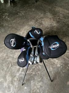 Womens right hand golf club w/bag