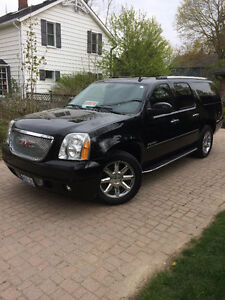 2010 GMC Other Denali XL SUV, Crossover 6.2L