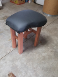 Guitar shaped stool
