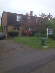 New Price, home has 4 Bedrooms, 2.5 baths and 1 bedroom apt
