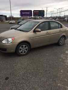 2010 Hyundai Accent L Berline