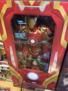 """NECA Age of Ultron Iron Man 1/4 18"""" West Island Greater Montréal image 1"""