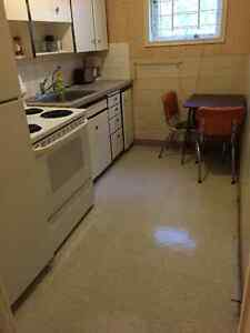 Furnished One Bedroom Suite in Quiet East End - Available now Regina Regina Area image 3